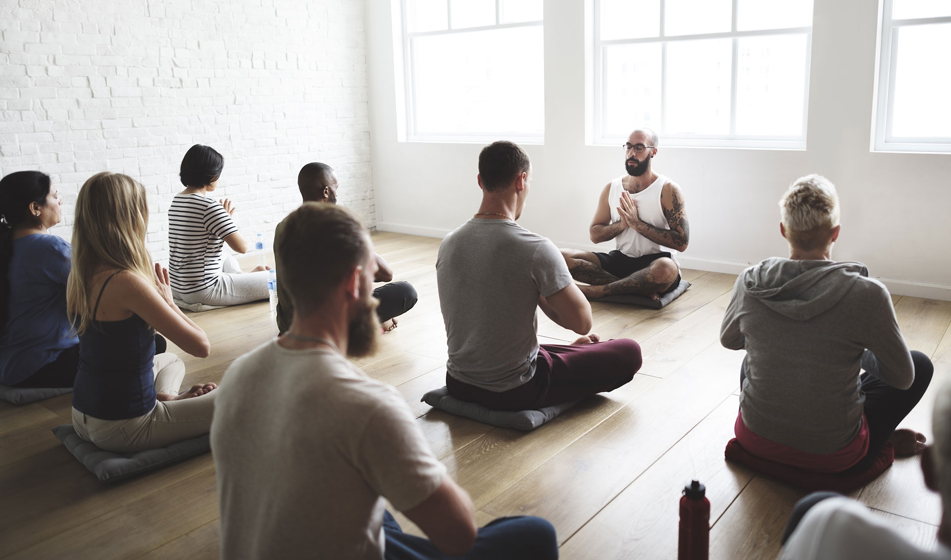 7-Tips-On-How-To-Design-The-Perfect-Yoga-Studio